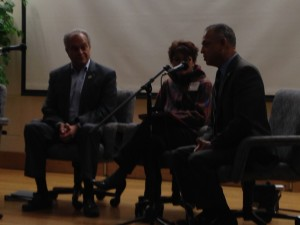 (L to R) Former New Haven Mayor John DeStefano, Norwich Mayor Deb Hinchey, Harford Mayor Pedro Segarra